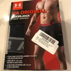 New in box under Armour men's M boxer briefs